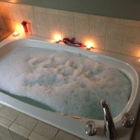 lelo soraya waterproof rabbit vibrator on bubble bath featured image